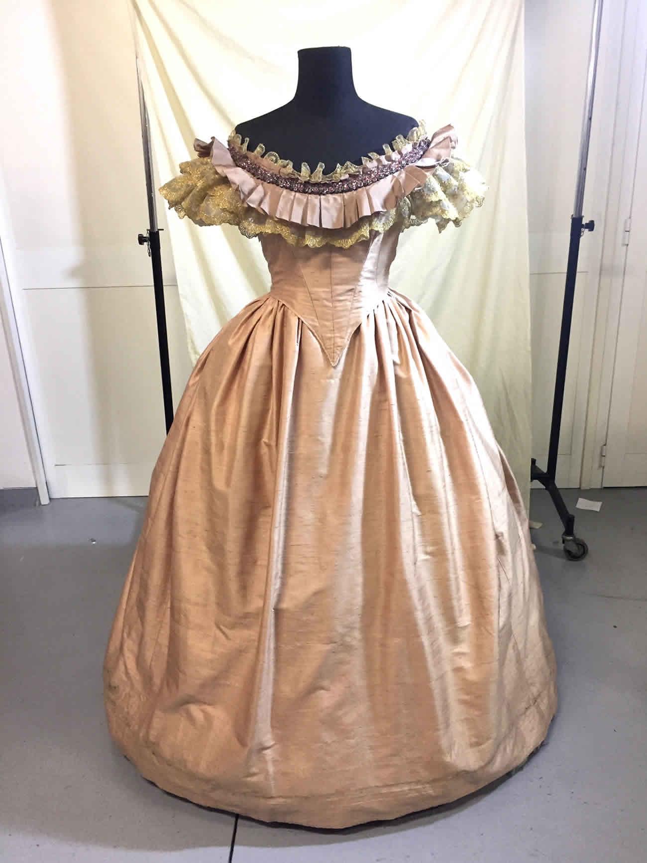 The aeronauts   Isabelle Caillaud Costume Designer